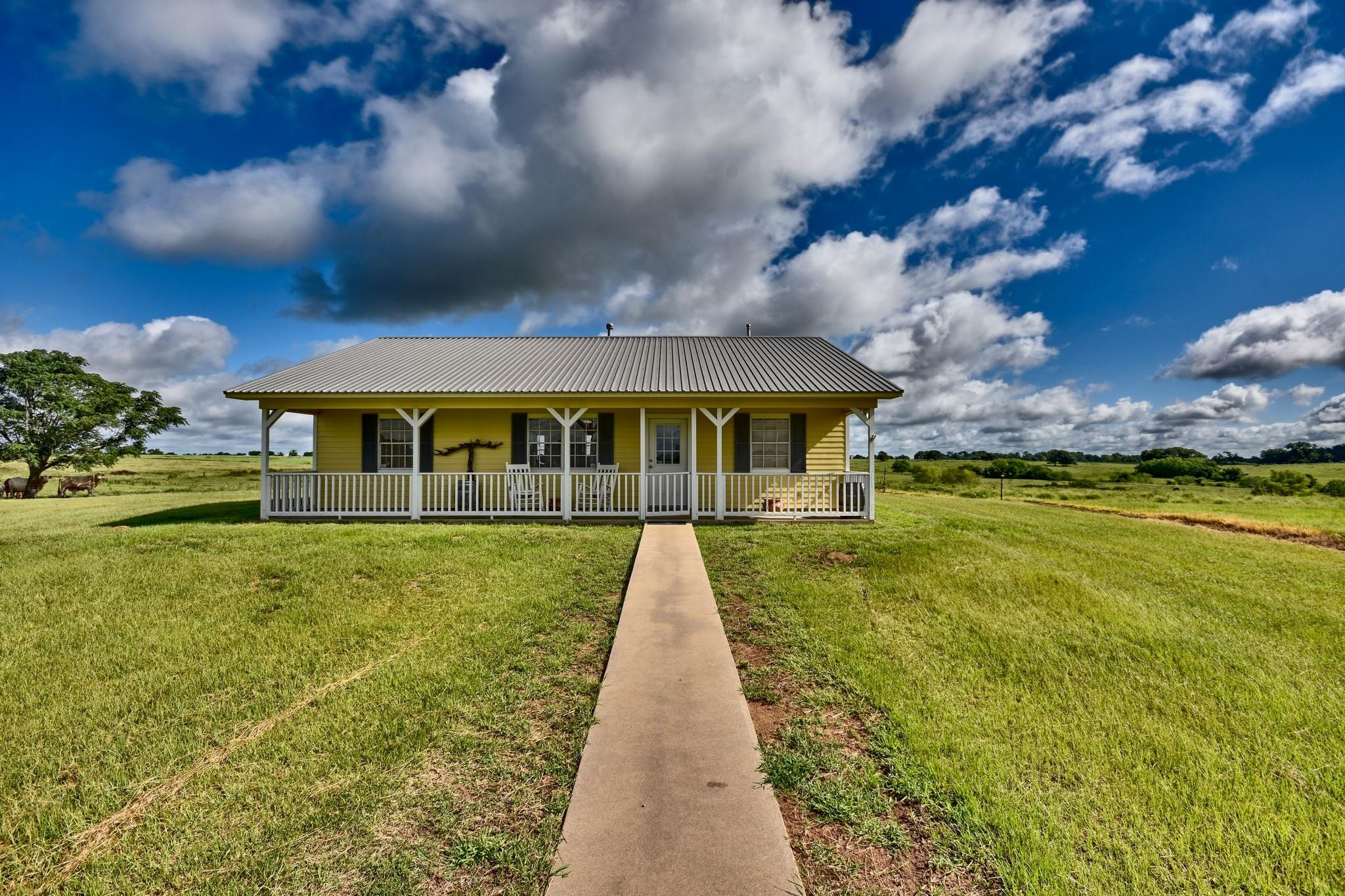 1820 Sempronius Road Property Photo - Chappell Hill, TX real estate listing