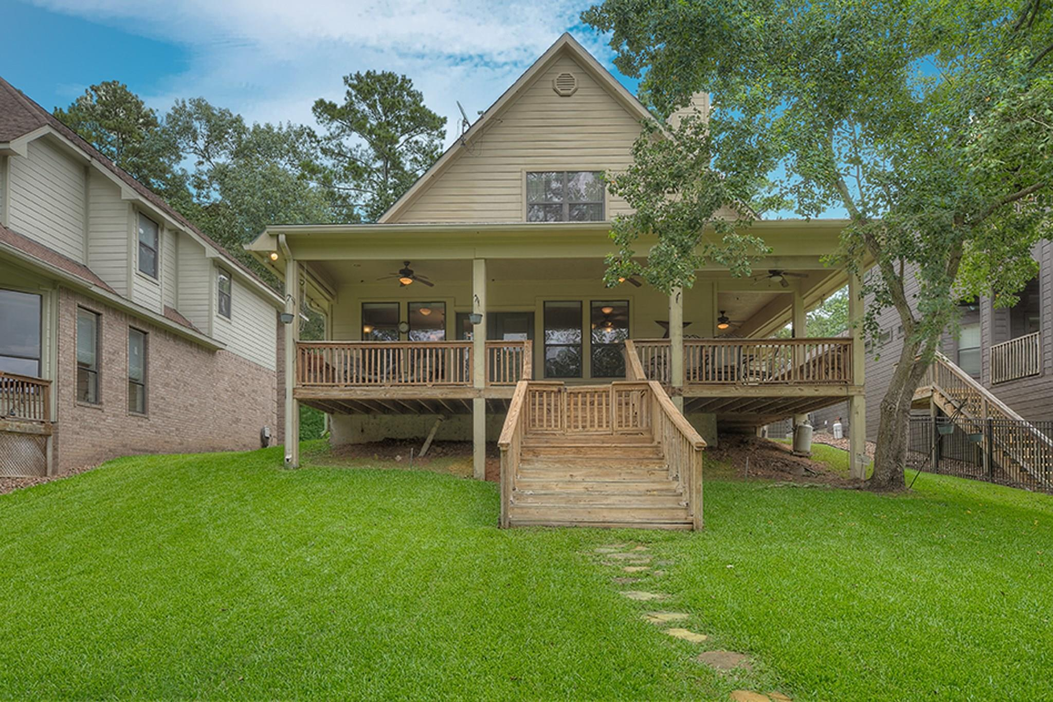 260 Lake Grove Drive Property Photo - Coldspring, TX real estate listing