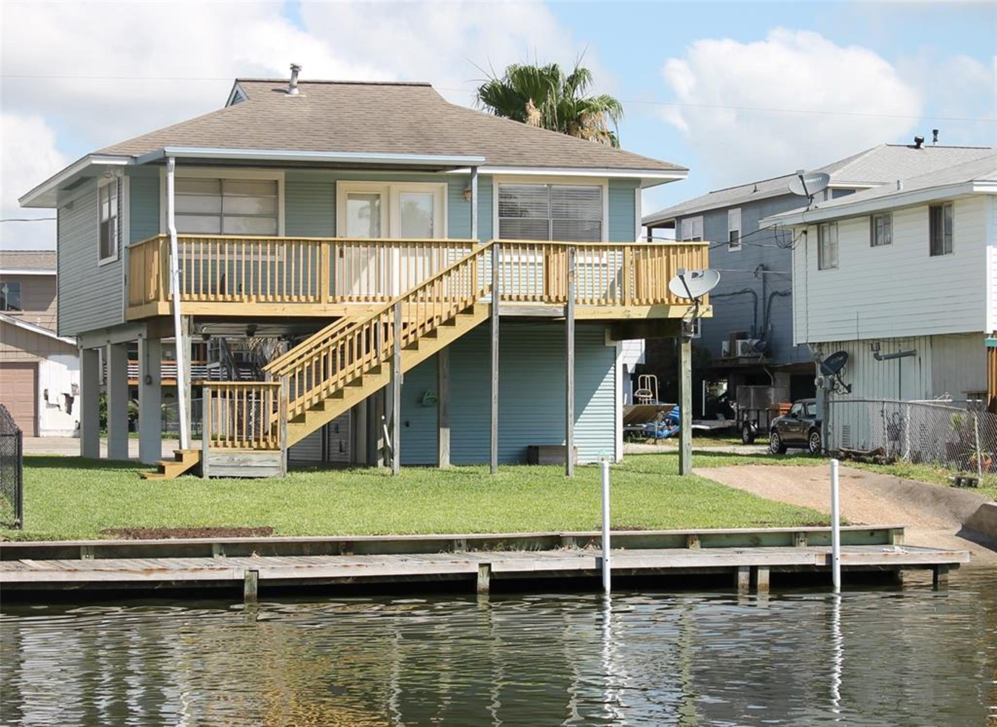 822 Marlin Street Property Photo