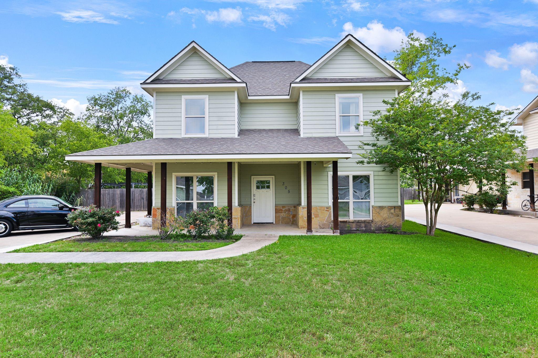 77840 Real Estate Listings Main Image