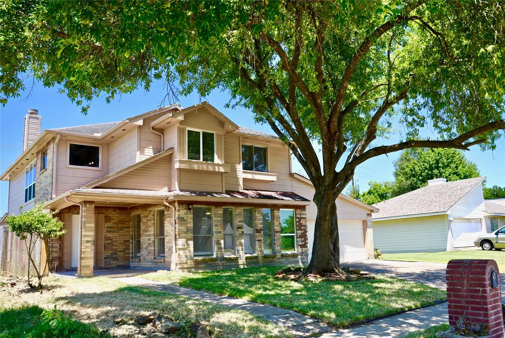 2211 Oakwell Lane Property Photo - Katy, TX real estate listing