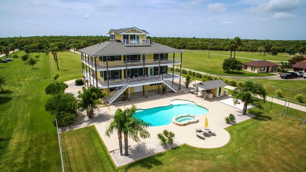 11130 Tri City Beach Road Property Photo - Baytown, TX real estate listing