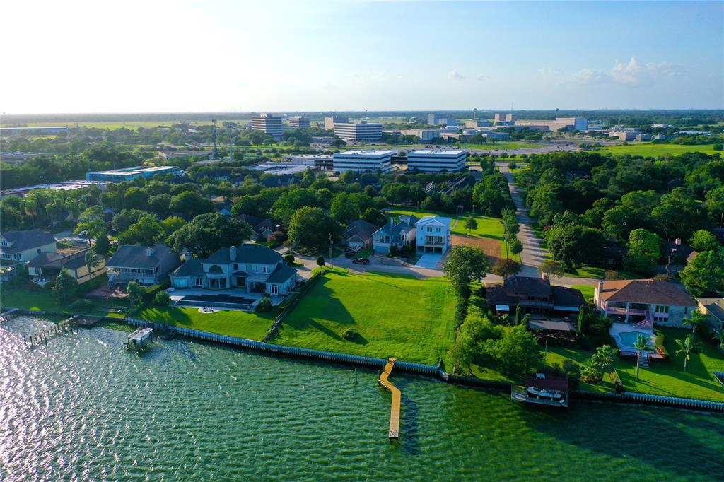 Nassau Bay Real Estate Listings Main Image