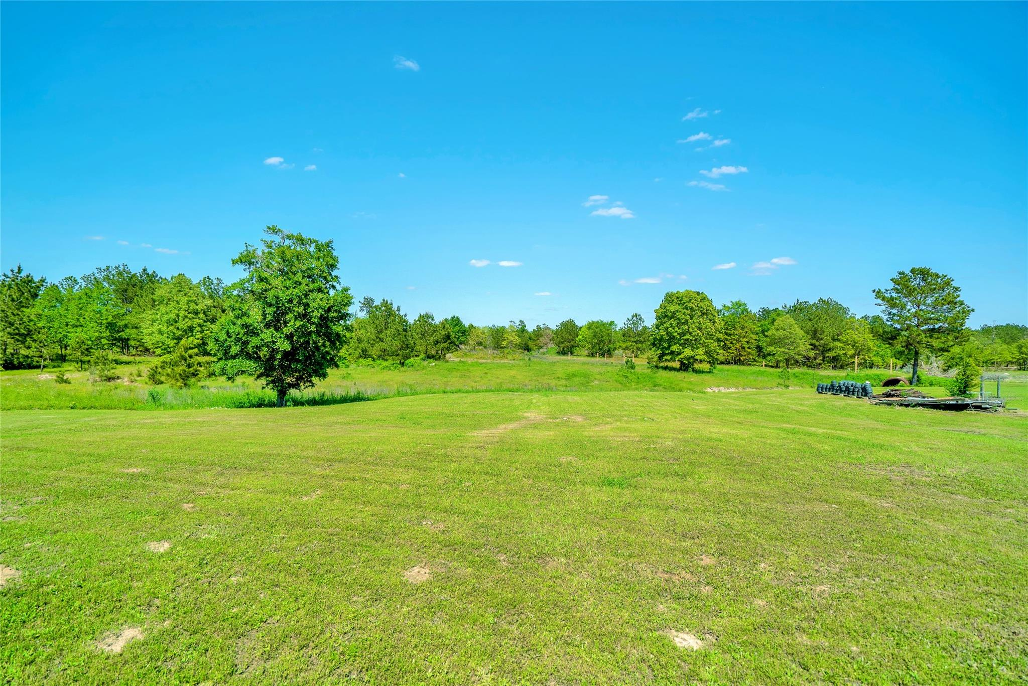 2844 Interstate 45 N Property Photo - Huntsville, TX real estate listing