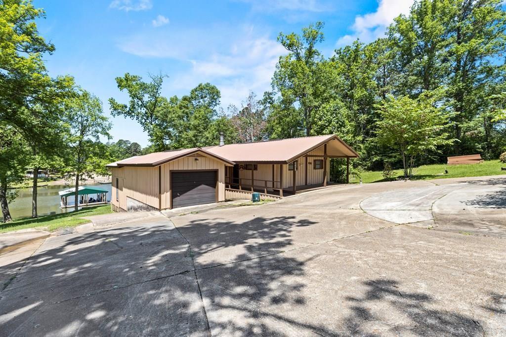 440 Beechwood Property Photo