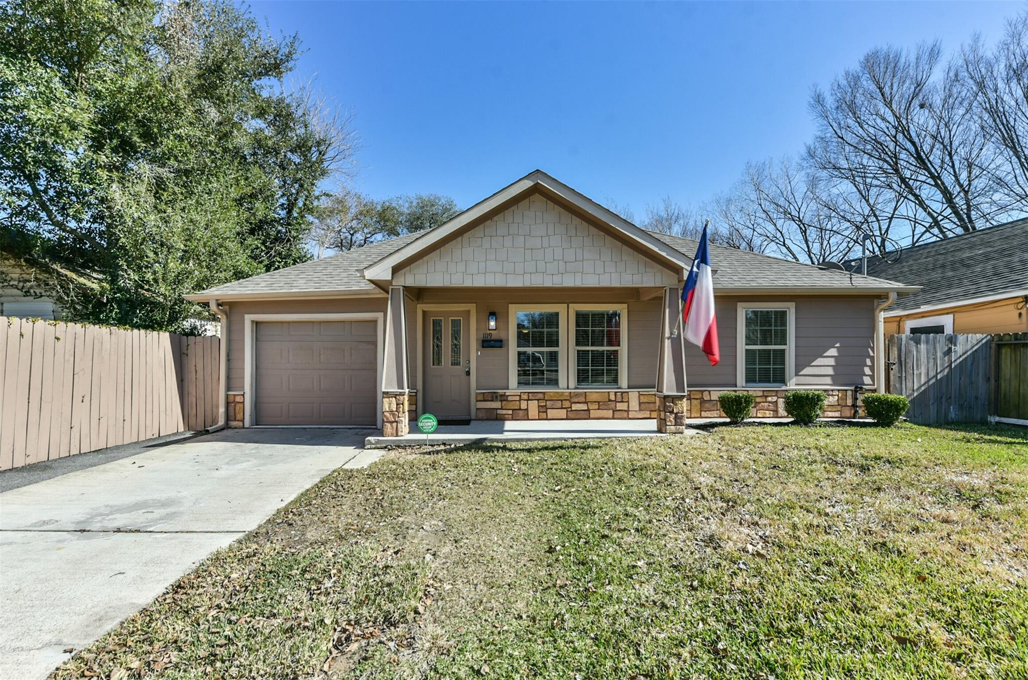 1119 Wafer Street Property Photo - Pasadena, TX real estate listing