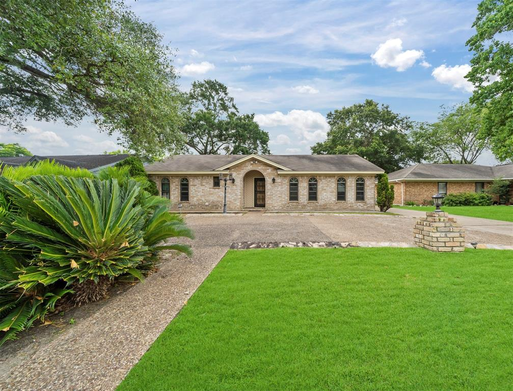 338 County Fair Drive Property Photo - Houston, TX real estate listing