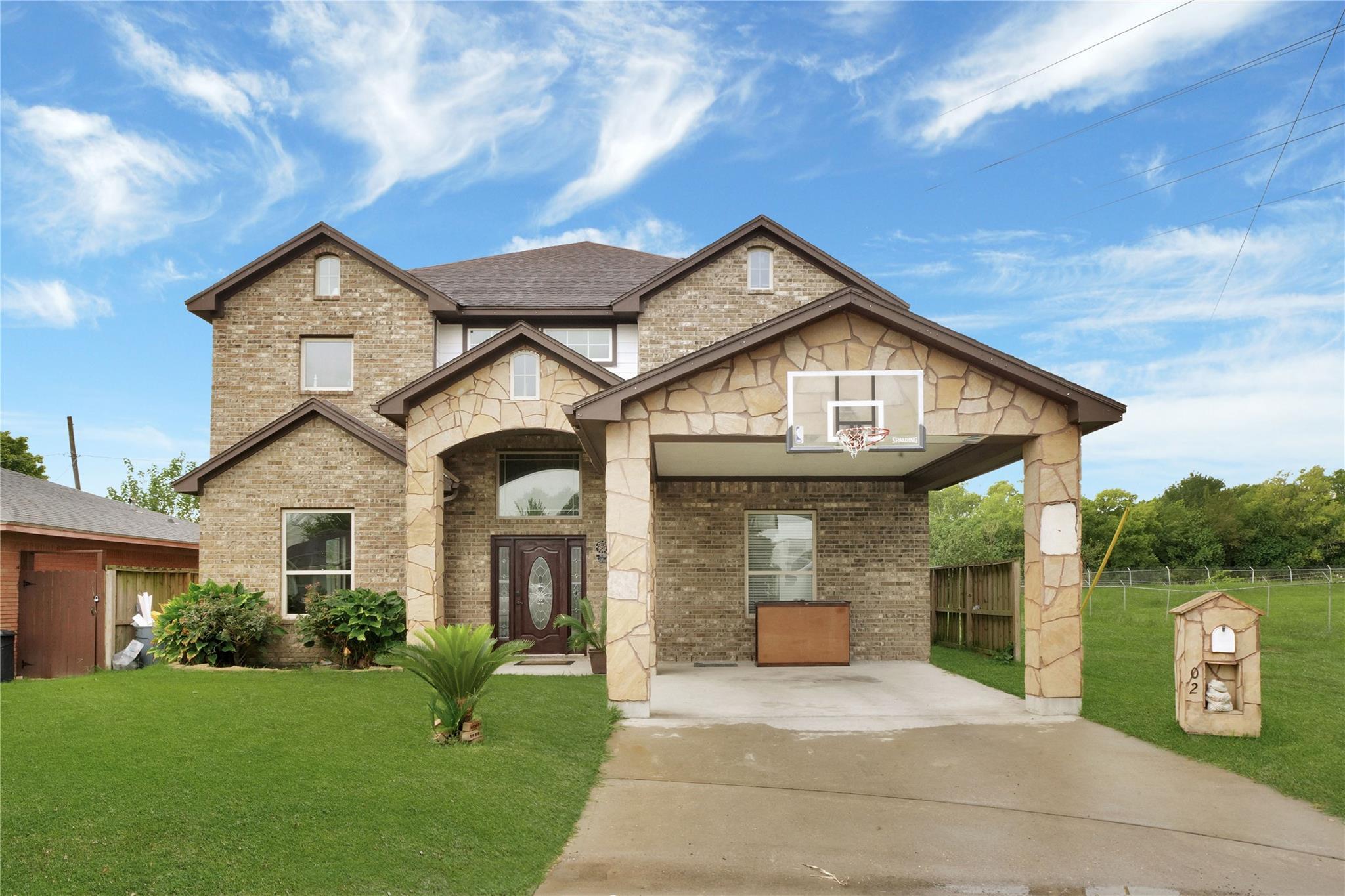 77029 Real Estate Listings Main Image