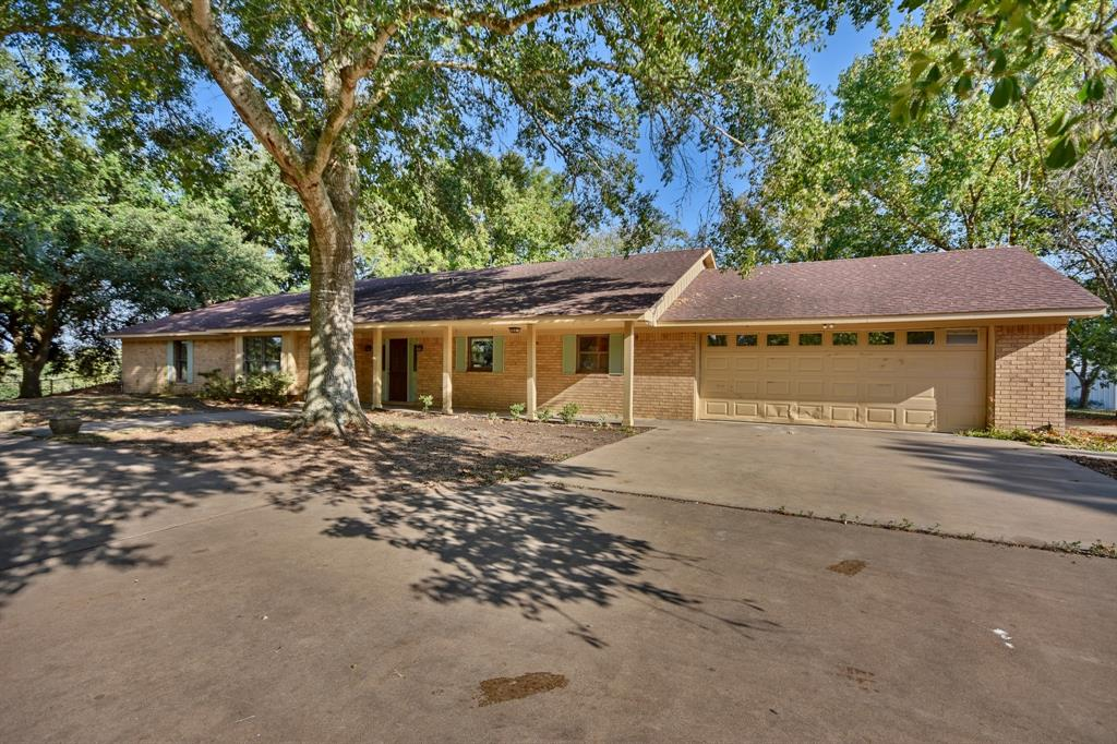 5039 Shunka Road, New Ulm, TX 78950 - New Ulm, TX real estate listing