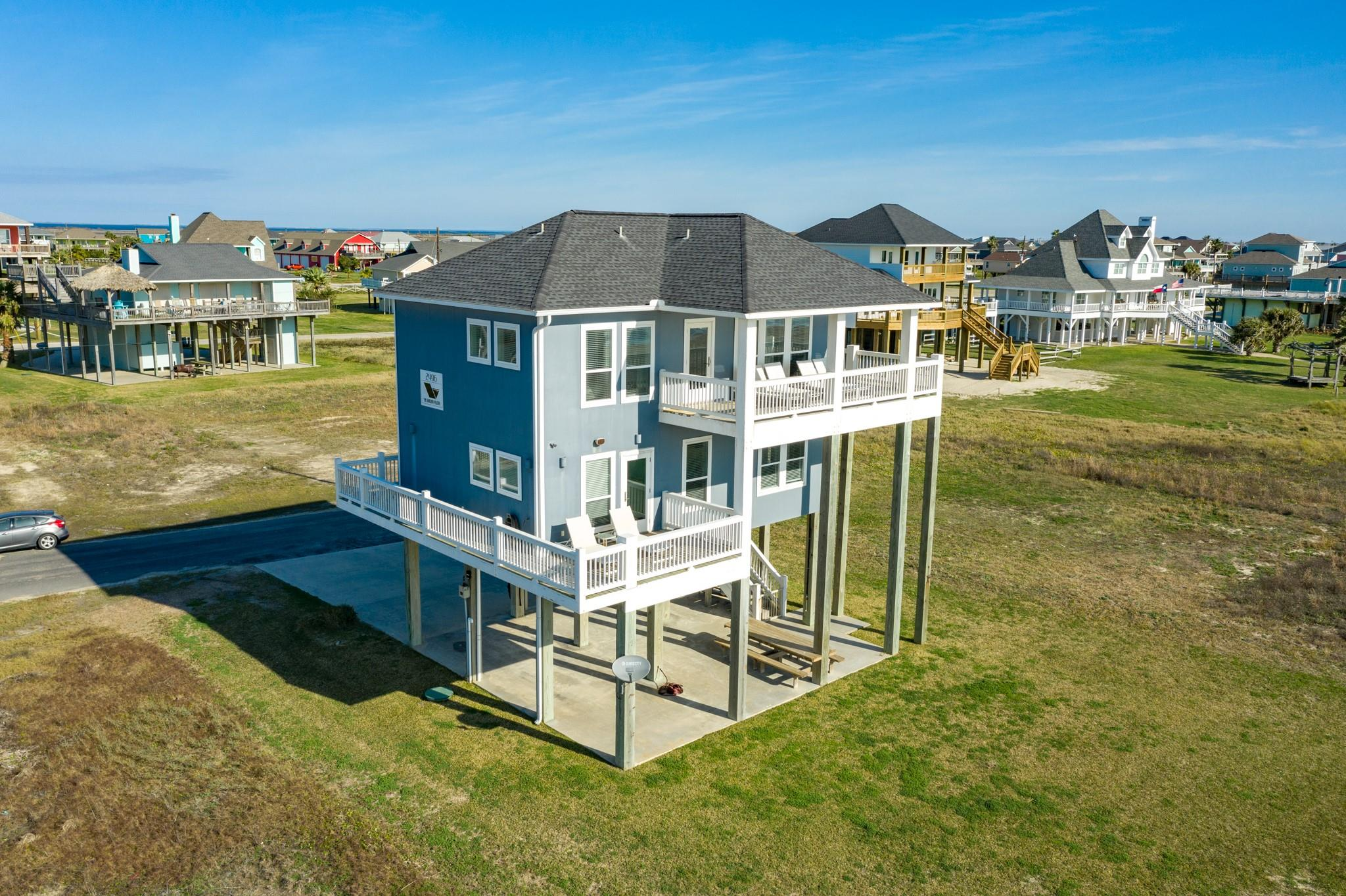 2496 Gilmore Property Photo - Crystal Beach, TX real estate listing