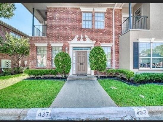 437 Forest Drive Property Photo - College Station, TX real estate listing