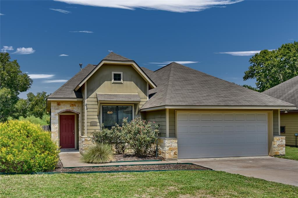 201 Ava Drive, Brenham, TX 77833 - Brenham, TX real estate listing