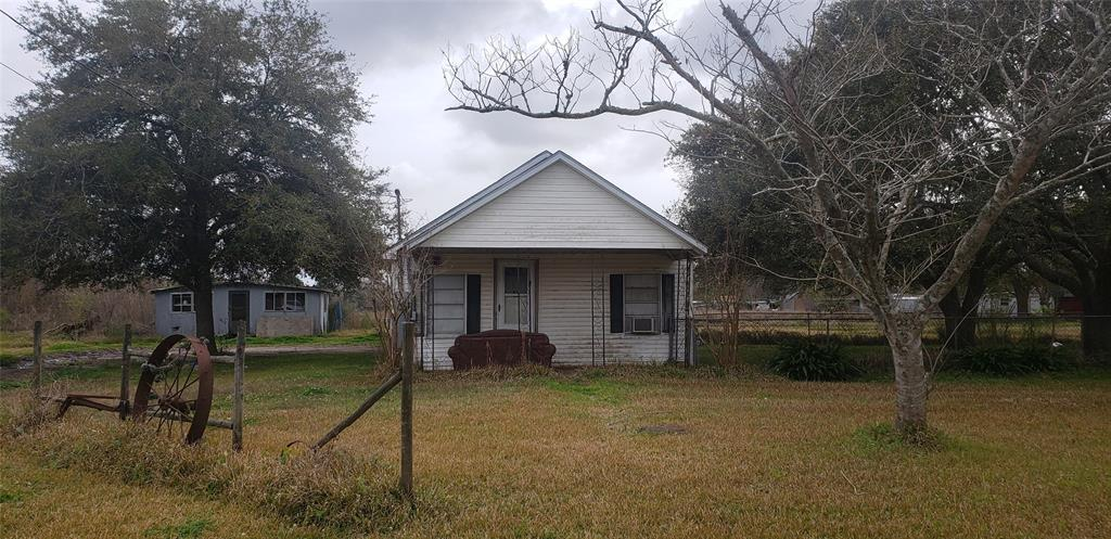 1228 E Hwy 73, Winnie, TX 77665 - Winnie, TX real estate listing