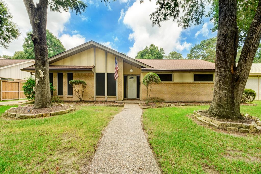 403 Shadow Creek Drive, El Lago, TX 77586 - El Lago, TX real estate listing
