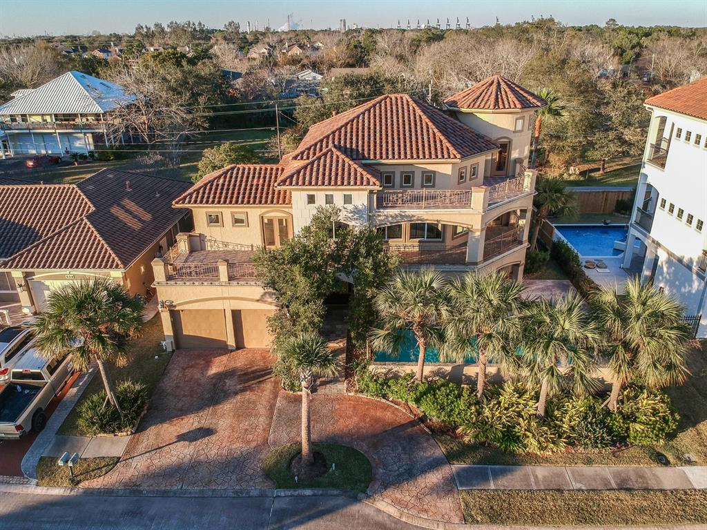 530 Villa Drive, Seabrook, TX 77586 - Seabrook, TX real estate listing