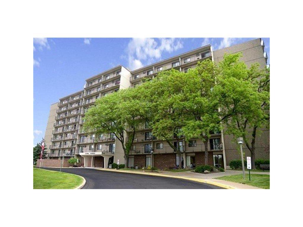 11369 Real Estate Listings Main Image