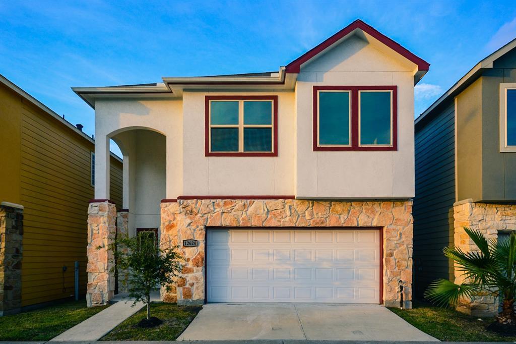 12624 Ashford Shadow Drive Property Photo - Houston, TX real estate listing