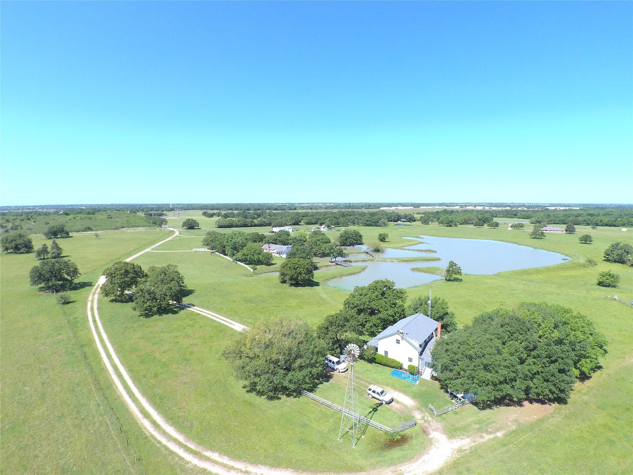 5025 Wallis Road Property Photo - Bryan, TX real estate listing