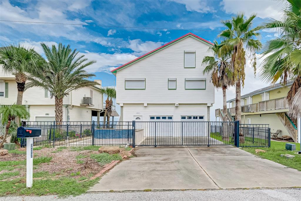 207 Isles End Road Property Photo - Galveston, TX real estate listing