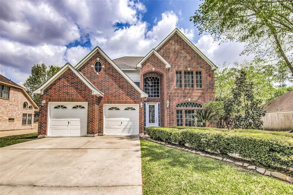 4508 Park Shadow Drive Property Photo - Baytown, TX real estate listing