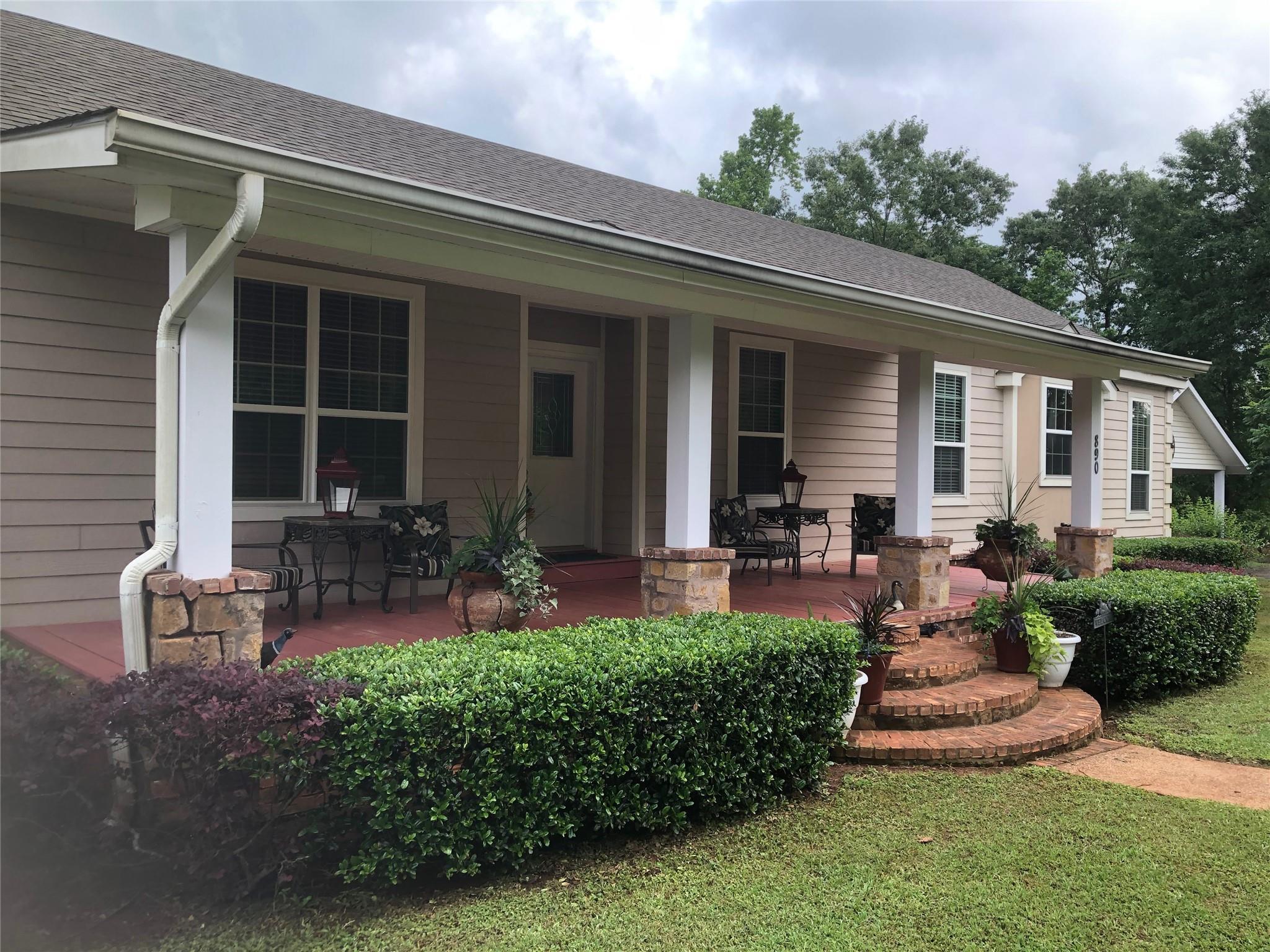 890 N Clark Street N Property Photo - San Augustine, TX real estate listing