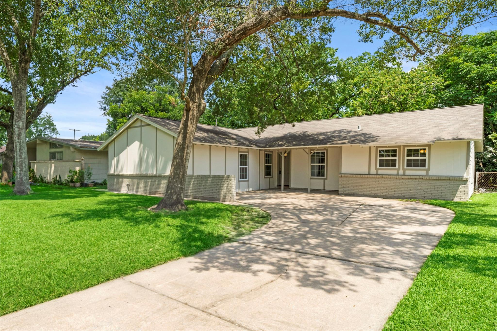 7034 Hazen Street Property Photo - Houston, TX real estate listing