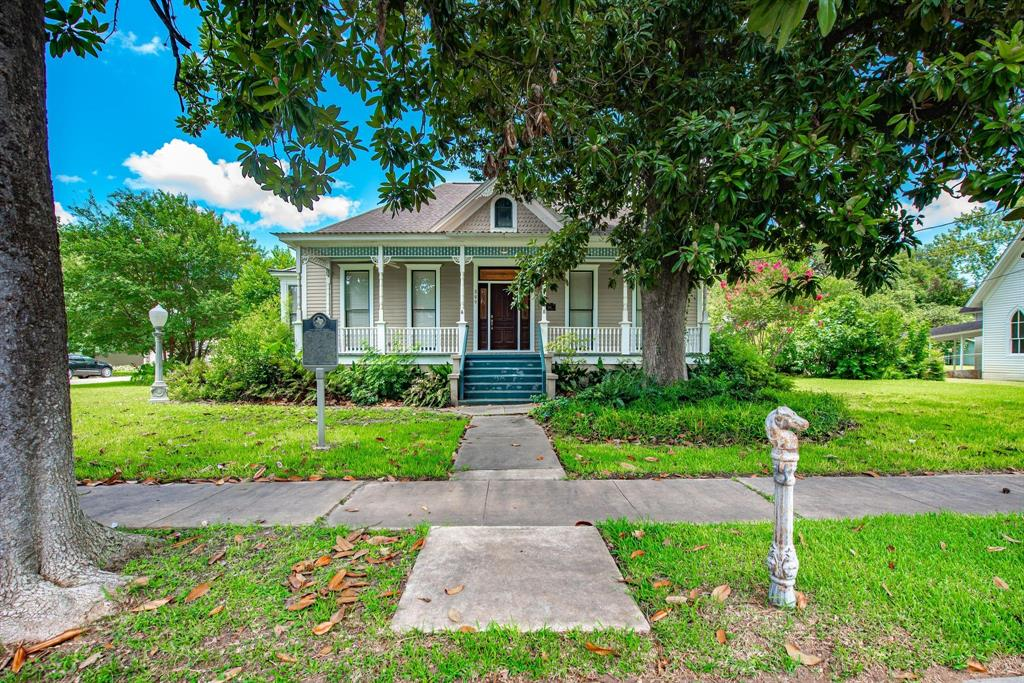 809 Milam Street Property Photo - Columbus, TX real estate listing