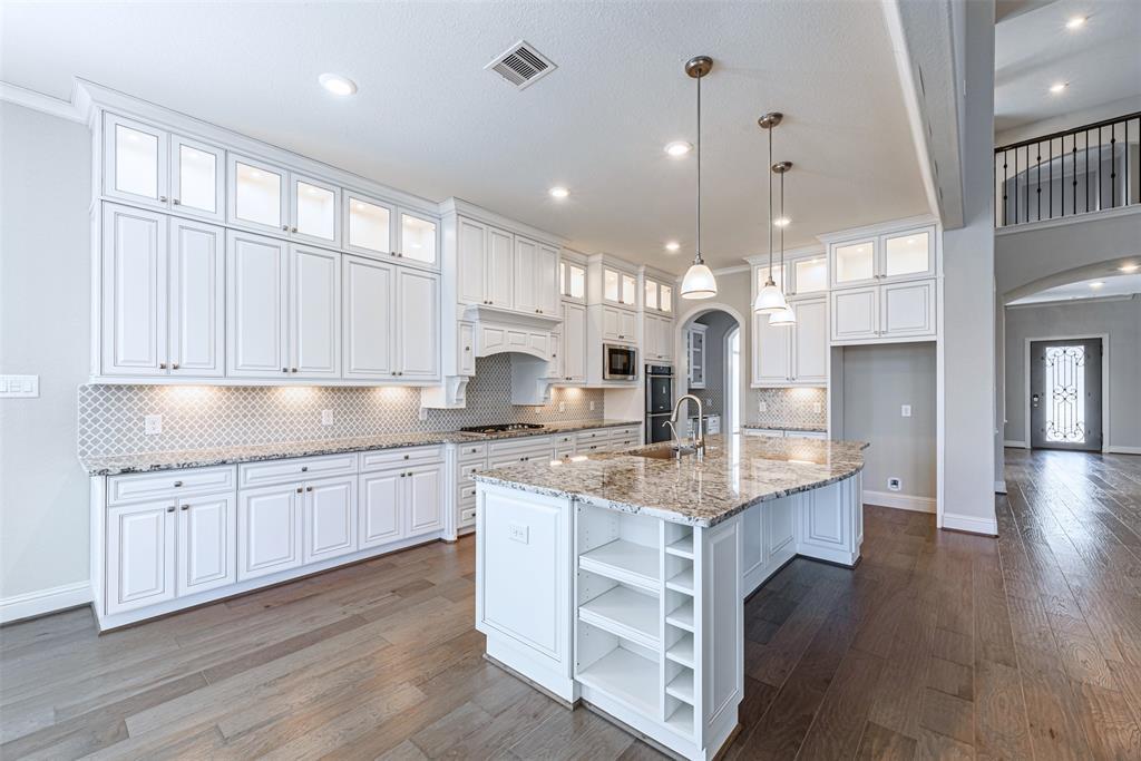 34118 Spicewood Ridge Lane, Pinehurst, TX 77362 - Pinehurst, TX real estate listing