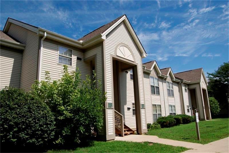 857 Elizabeth Drive Property Photo - Lancaster, OH real estate listing