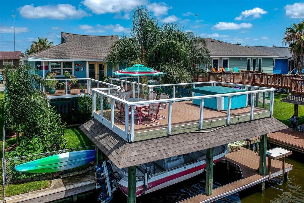 641 Warsaw Street Property Photo - Bayou Vista, TX real estate listing
