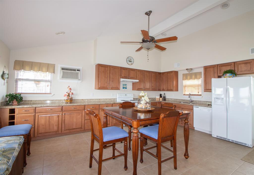 16618 Sandpiper Road, Jamaica Beach, TX 77554 - Jamaica Beach, TX real estate listing