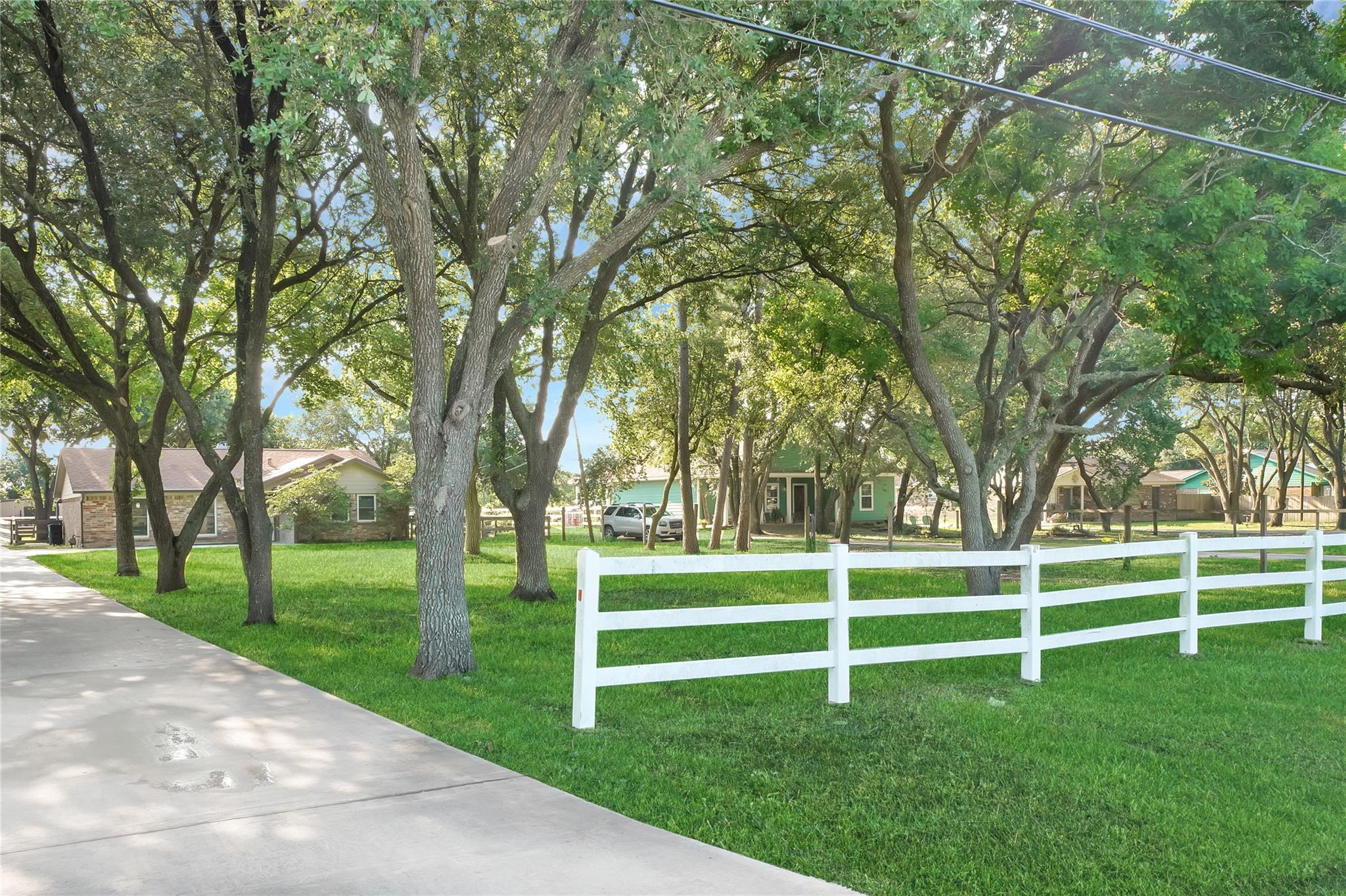 2041 Lomax School Road Property Photo 1