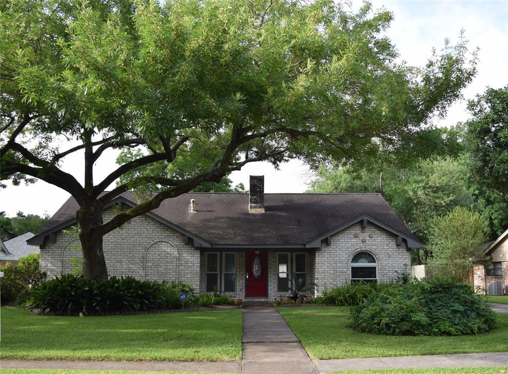 15313 Ashburton Drive Property Photo - Jersey Village, TX real estate listing