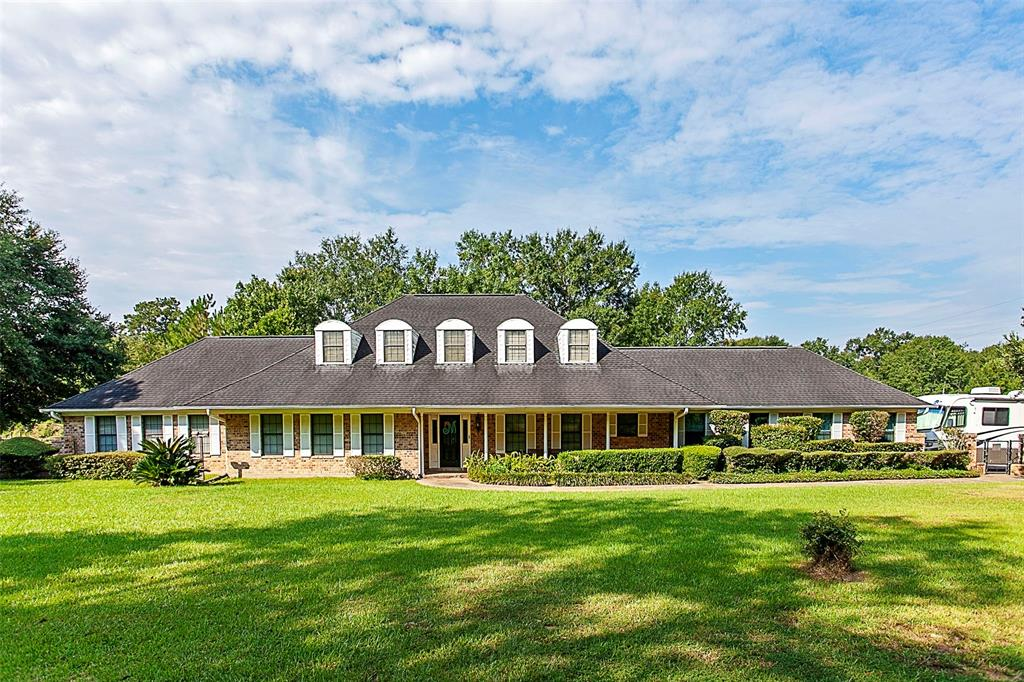 5966 Reeves Drive Property Photo - Silsbee, TX real estate listing
