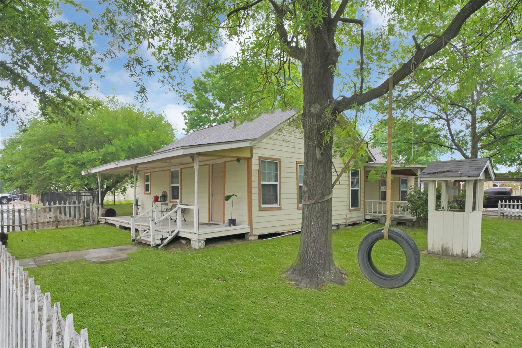 1401 N Main St Street Property Photo - Galena Park, TX real estate listing