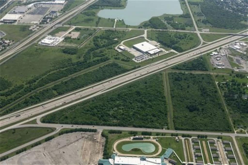 0 Gulf Freeway at FM 2004 Freeway, La Marque, TX 77568 - La Marque, TX real estate listing