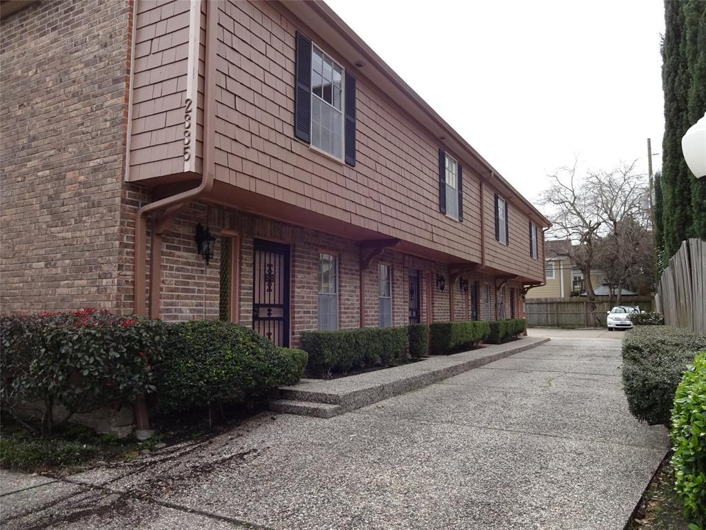2335 University Boulevard #4 Property Photo