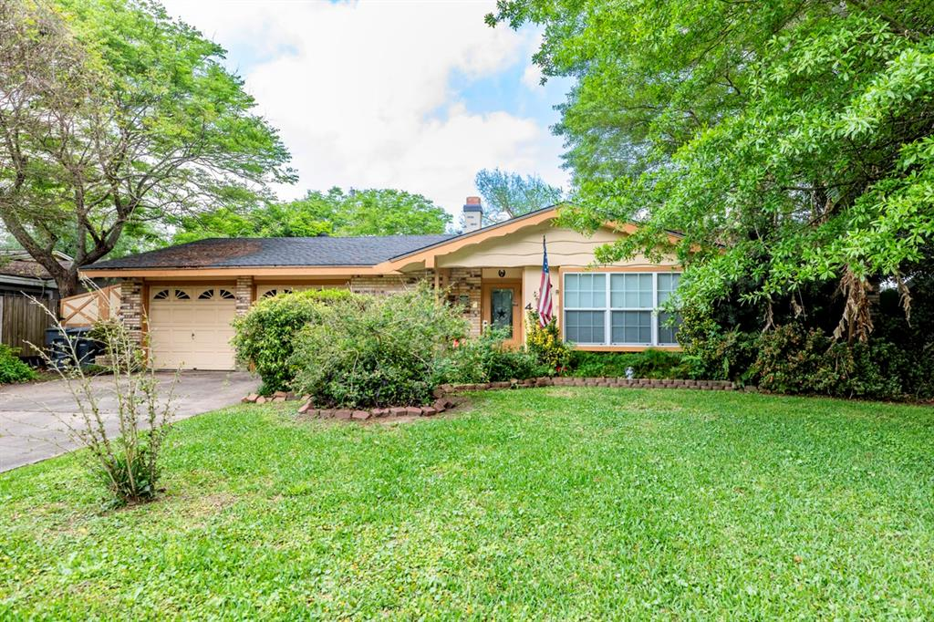 4130 Willowoak Drive, Groves, TX 77619 - Groves, TX real estate listing