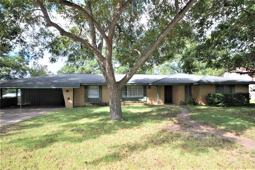 203 E 4th Street, Flatonia, TX 78941 - Flatonia, TX real estate listing