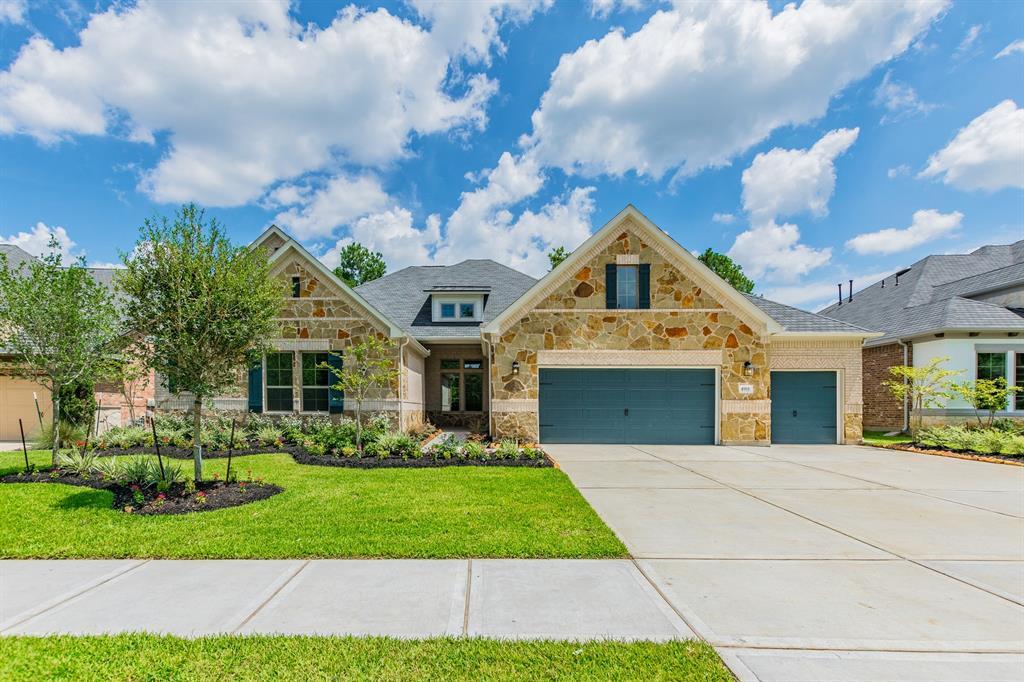 4918 Tres Lagos Drive, Spring, TX 77389 - Spring, TX real estate listing