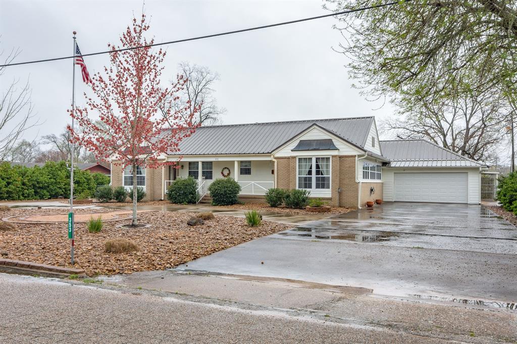 353 W San Jacinto Street Property Photo - Trinity, TX real estate listing