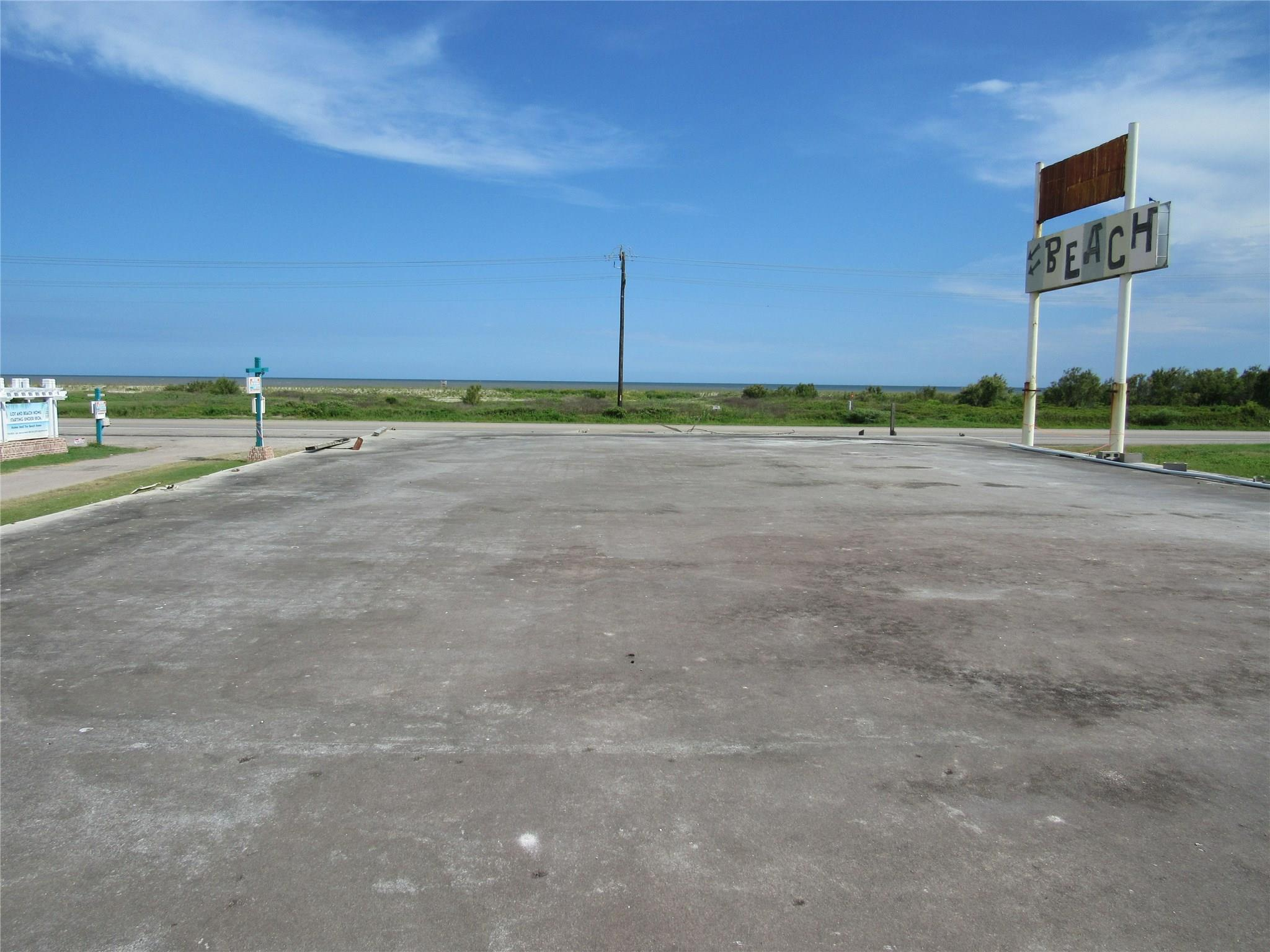 1727 Hwy 87 Property Photo - Gilchrist, TX real estate listing