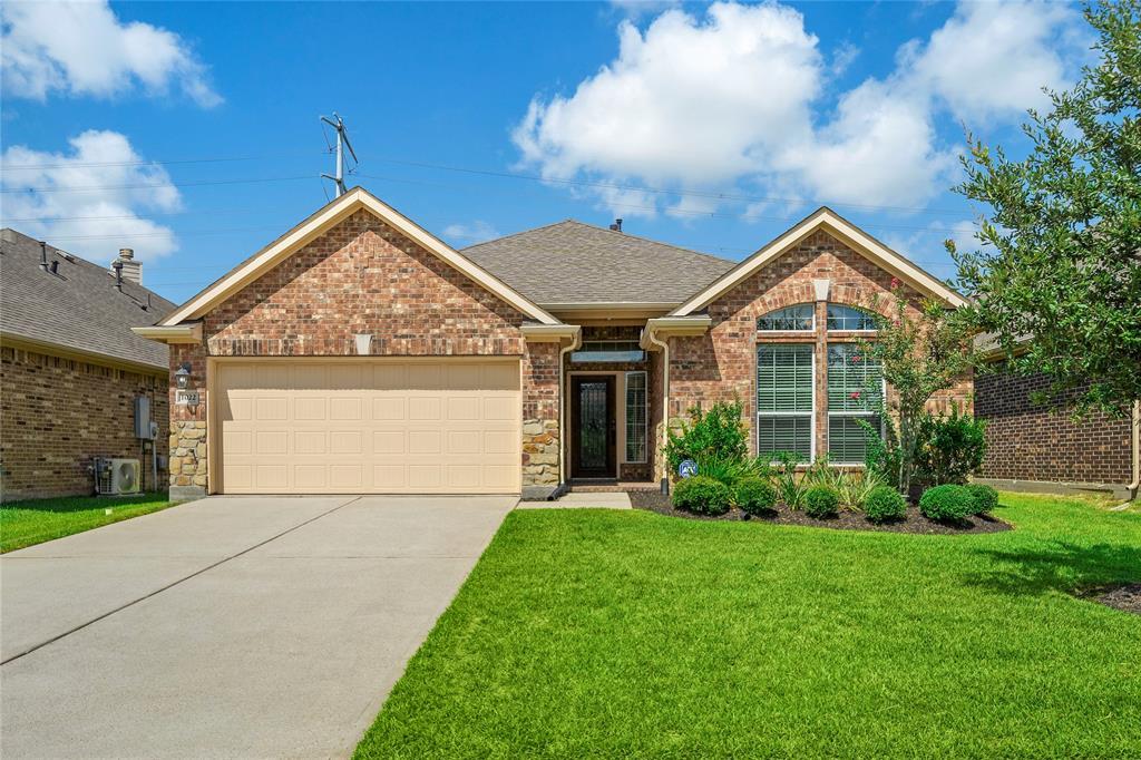 1022 Nantucket Street Property Photo - Pasadena, TX real estate listing