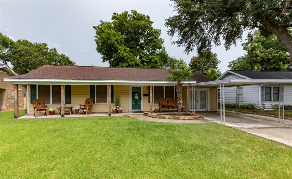 2234 3rd Street Property Photo - Port Neches, TX real estate listing