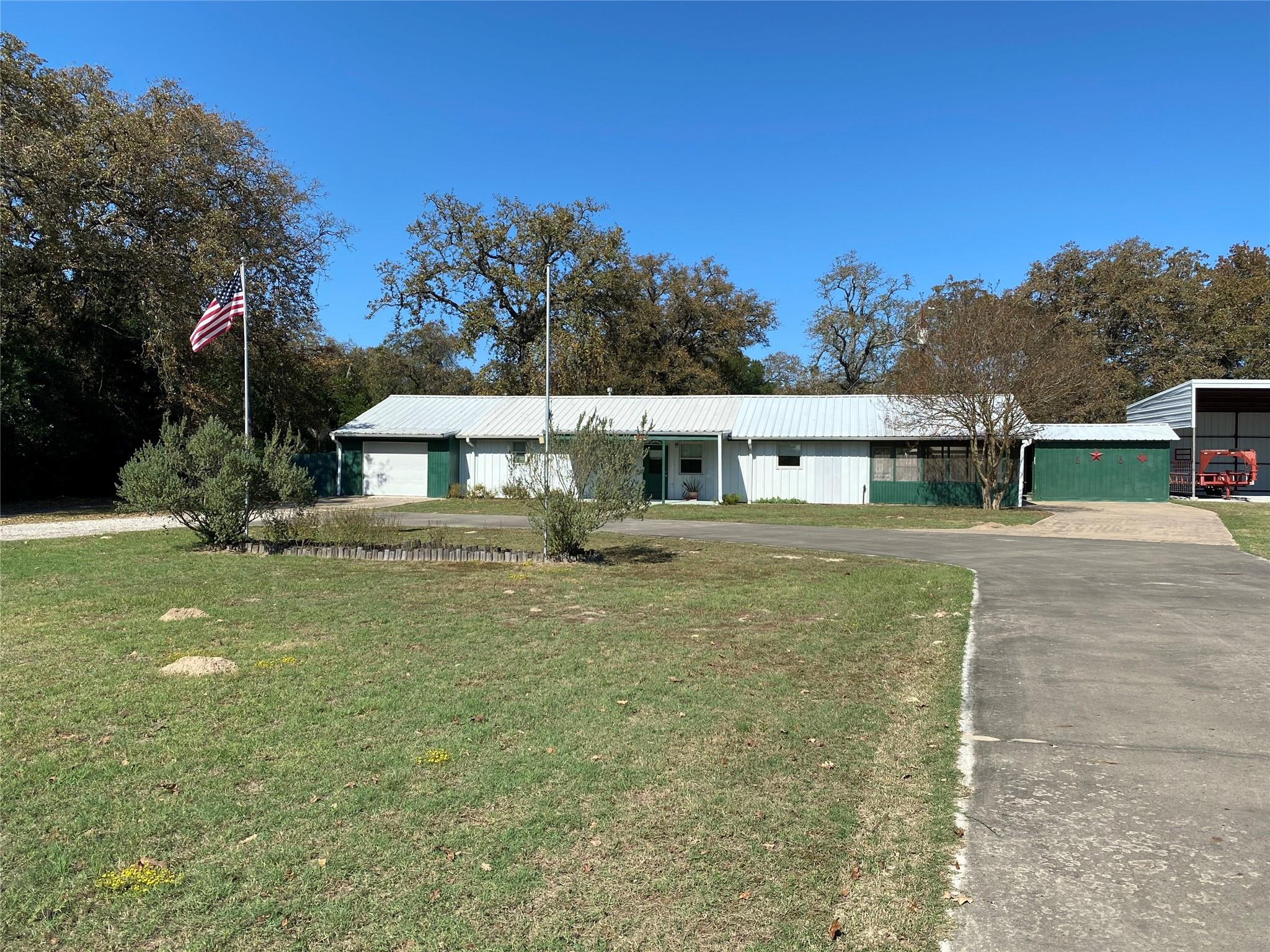 13479 Fm 977 W Property Photo - Marquez, TX real estate listing