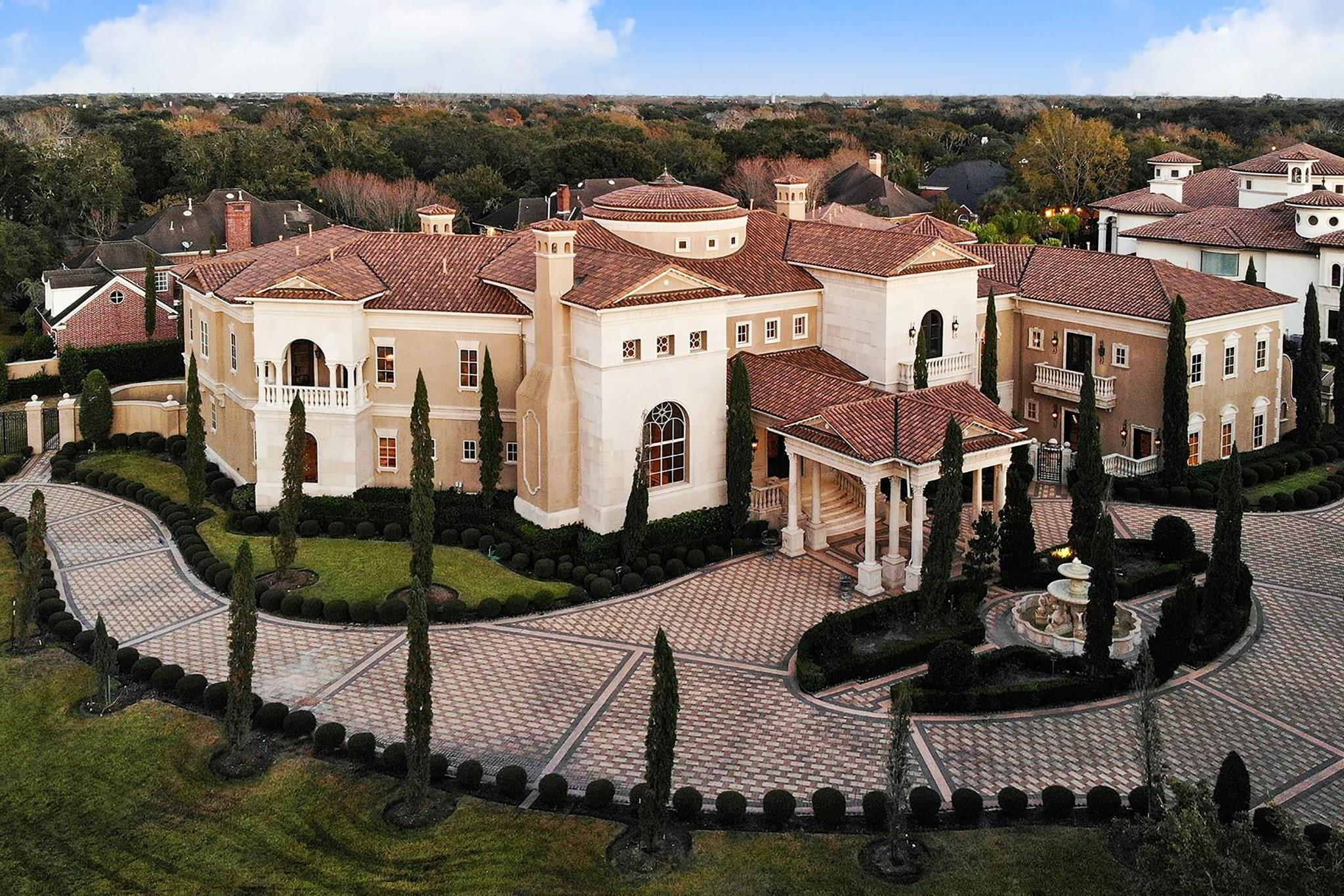 29 Real Estate Listings Main Image