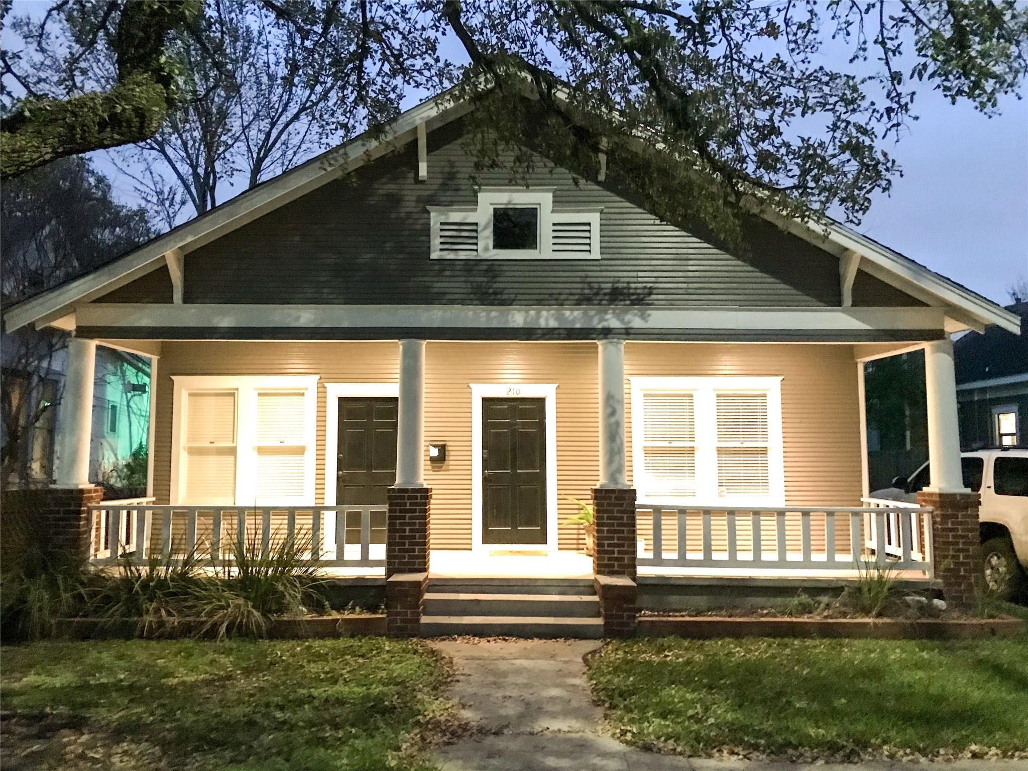 210 Tabor Street Property Photo 1