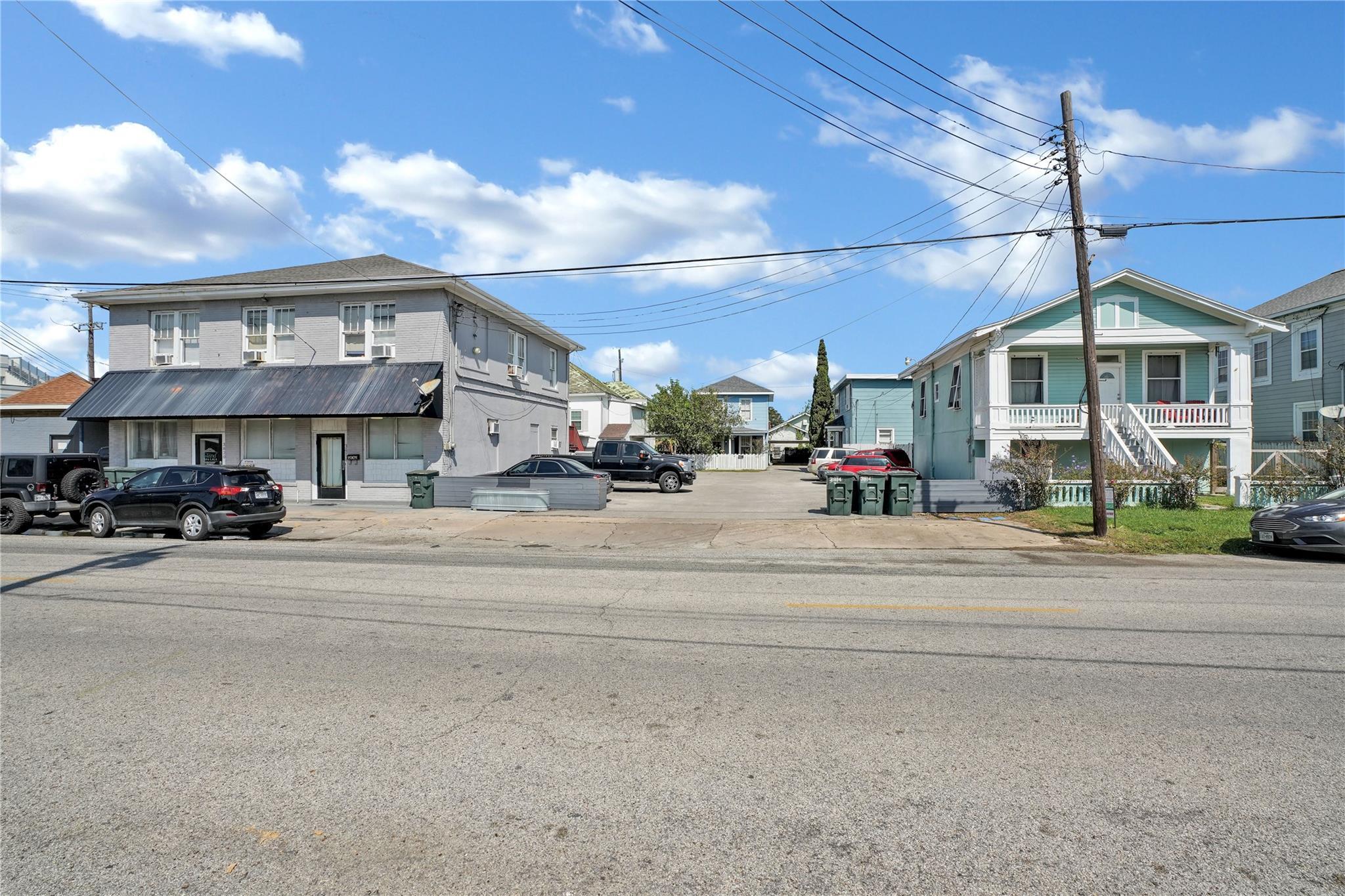 3818 Avenue S Property Photo