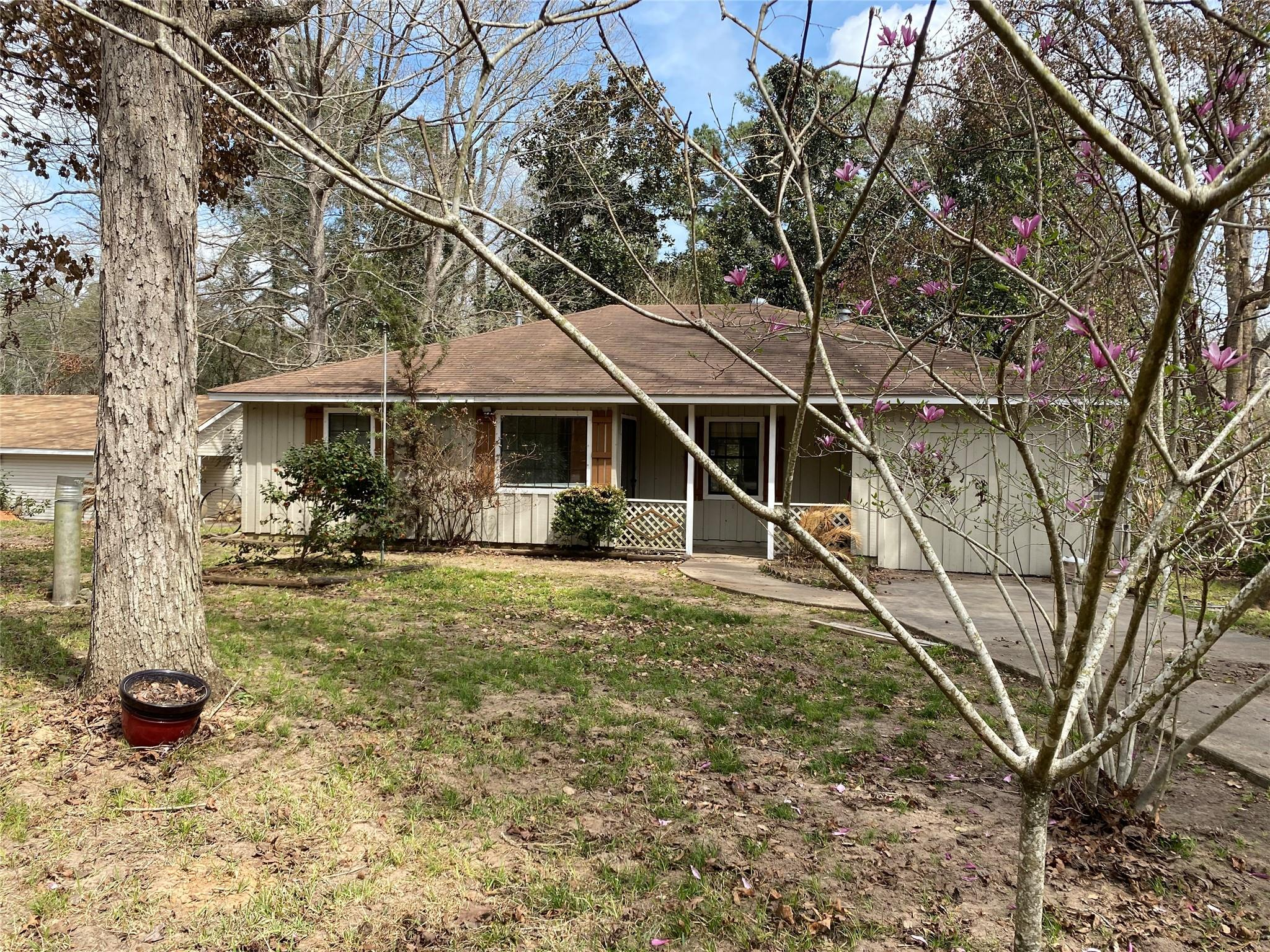456 Driftwood Drive Property Photo - Goodrich, TX real estate listing