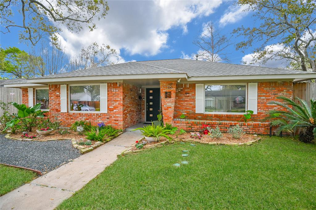 7726 Valley View Lane Property Photo - Houston, TX real estate listing